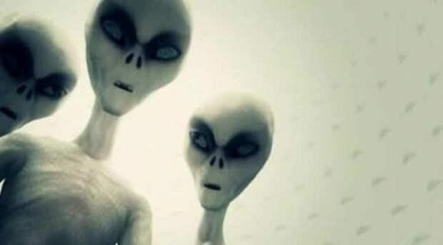 Визит пришельцев в спальню жительницы Канзаса и ее рассказ под гипнозом