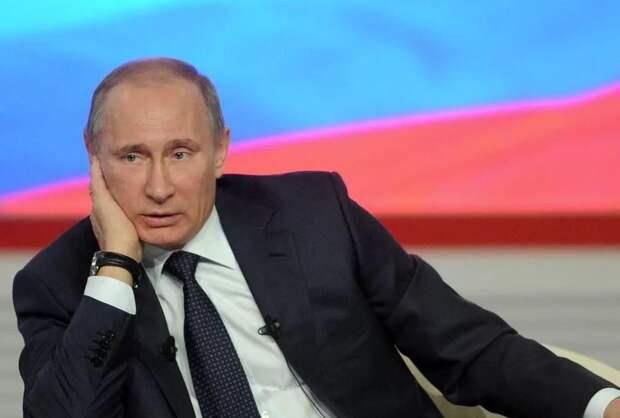 Путин и премьер Ливии обсудили мирное урегулирование в африканской стране