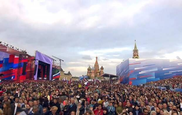 В борьбе за умы людей России стоит учесть советский опыт