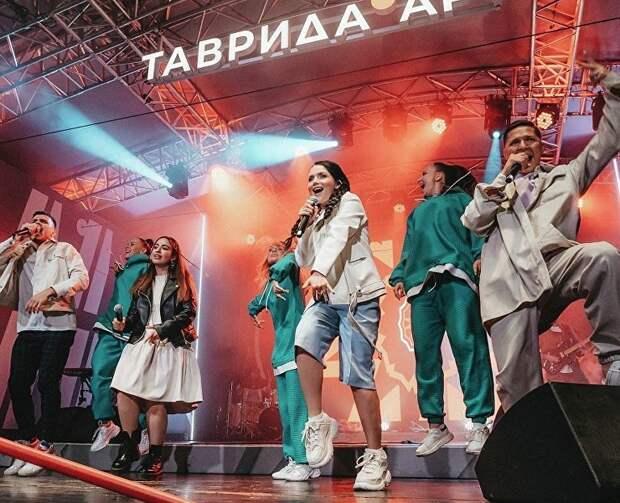 На «Тавриде» стартовал образовательный заезд «Новые русские сезоны»