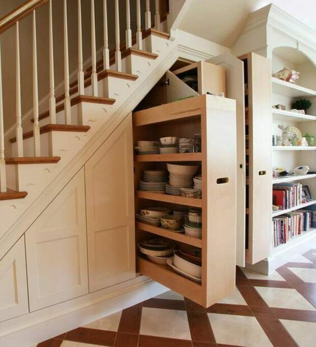 Крутые лестницы - шкафы (подборка)
