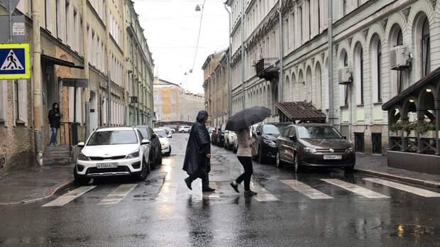 Ливни и грозы накроют Петербург в среду