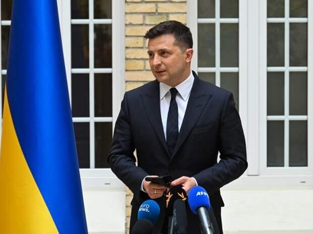 Зеленский наказал санкциями почти 600 «воров в законе»