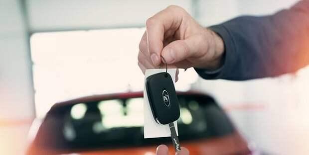 Водителям в РФ напомнили шесть признаков автомобилей с пробегом, которые не нужно покупать