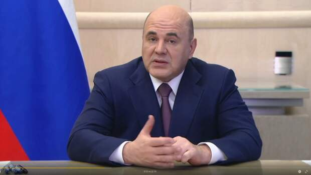Мишустин заявил об улучшении обстановки с COVID-19 в России