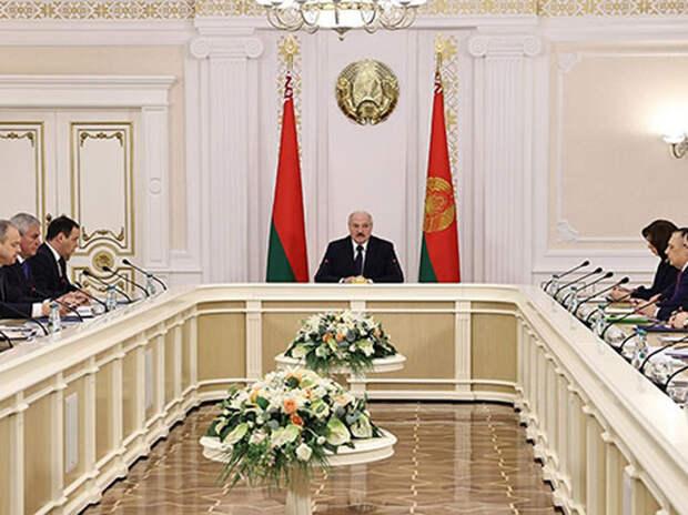 Эксперты объяснили новую стратегию президента Белоруссии
