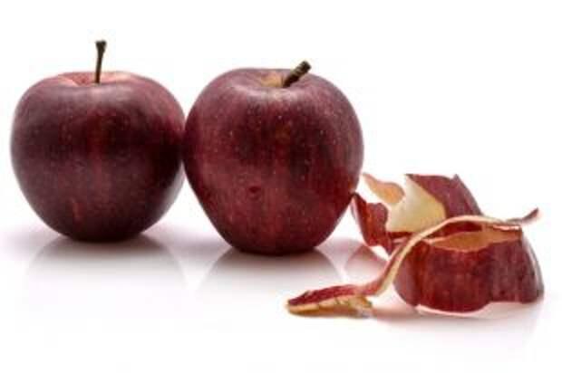 С кожурой или без? Какие плоды лучше чистить, а какие - есть целиком