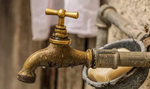 Симферопольцы остались без воды в воскресенье