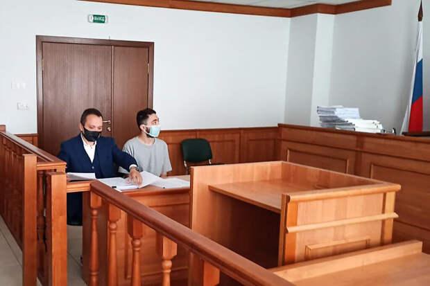 Суд разрешил комику Мирзализаде находиться в России