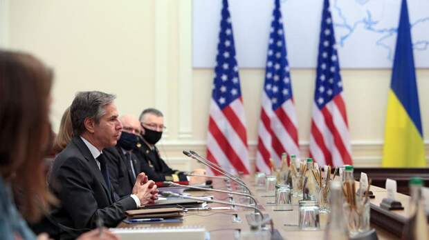 Рассмотрим разумные варианты: Блинкен не стал обсуждать меры против РФ
