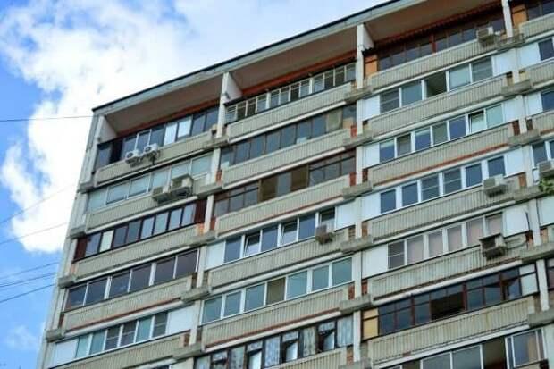 У дома на Башиловской отремонтировали лестницу