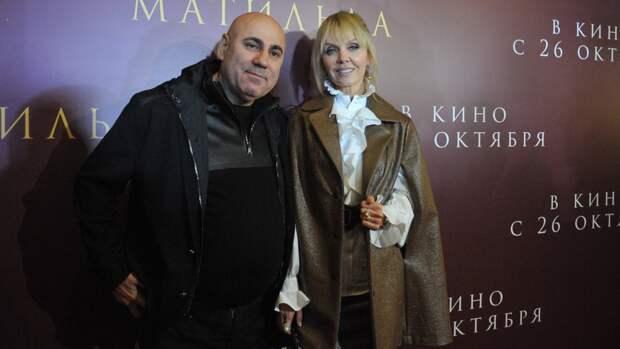 Иосиф Пригожин и Валерия на премьере