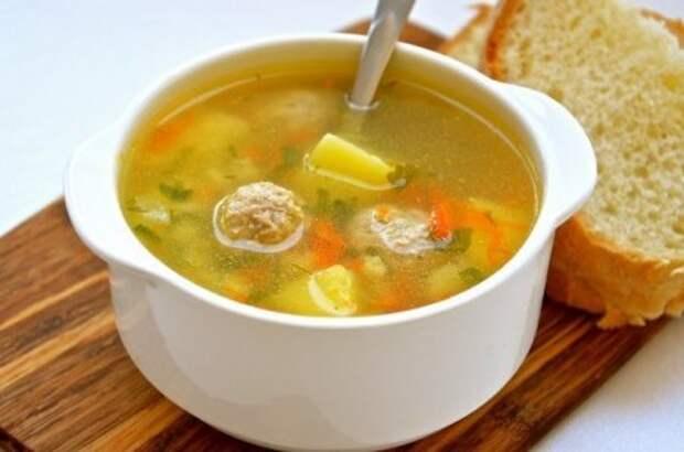 Вкусный суп с куриными фрикадельками