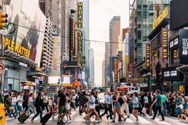 Порой кажется, что людей в Нью-Йорке слишком много. /Фото: rbk.ru