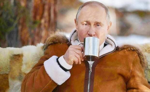 Это у США мрачное будущее, а не у России: в «диктатуру Путина» не верят даже американцы