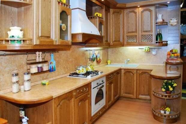 Кухни из массива дерева: разнообразие материалов и декора мебели (75 фото)