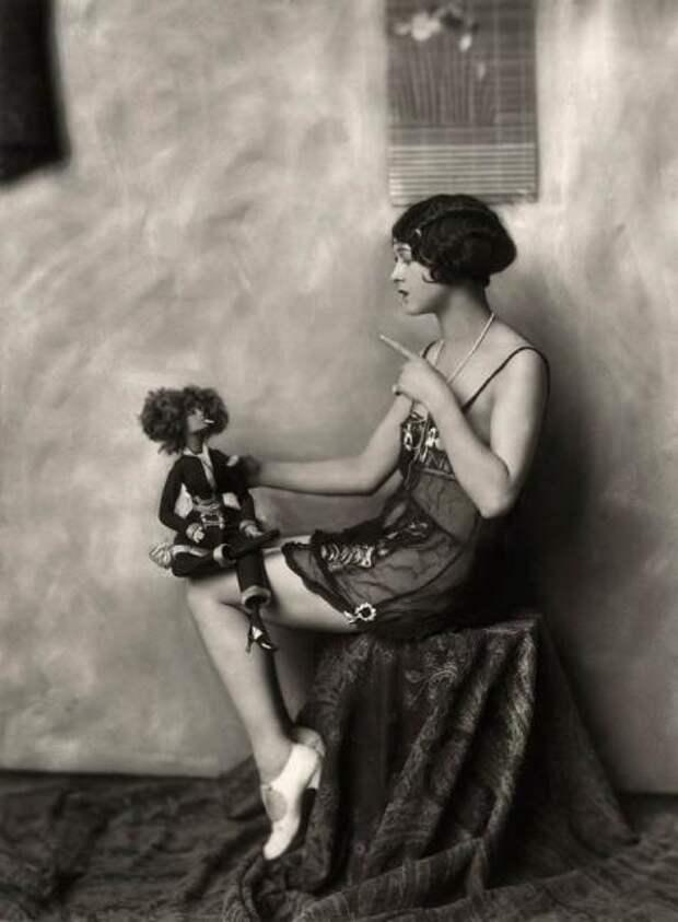 Пикантные фотосессии 20-х годов