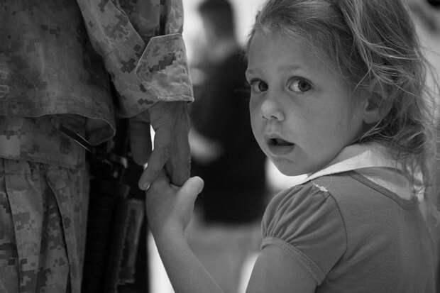 Почему ребенок стал неуправляемым и что с этим делать?