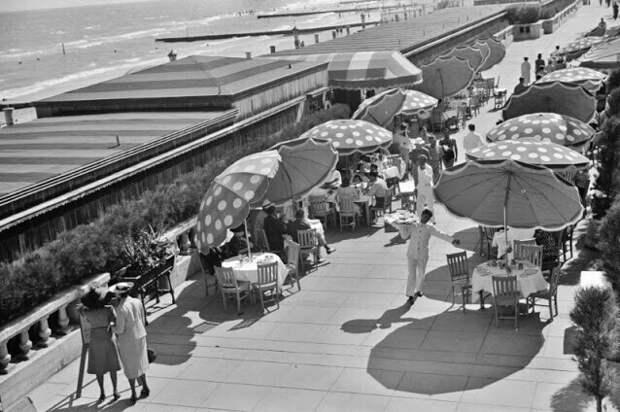 Пляж в Майами-Бич, Флорида, 1939 год