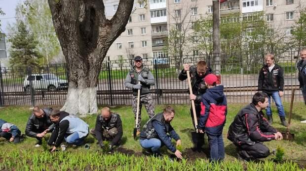 Воспитанники детских домов Нижегородской области стали участниками международной акции «Сад памяти»