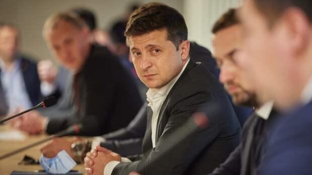 Журналист Сакачко: Зеленский закрыл глаза на кровь своего народа