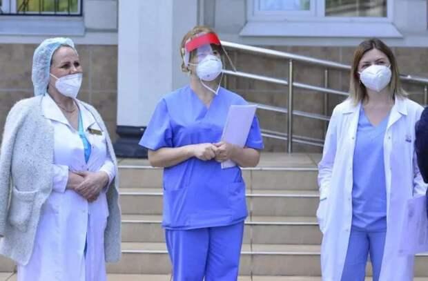 """Мэр Кишинева - медсестрам: """"Ваша миссия важна – быть с пациентами в самых сложных ситуациях"""""""