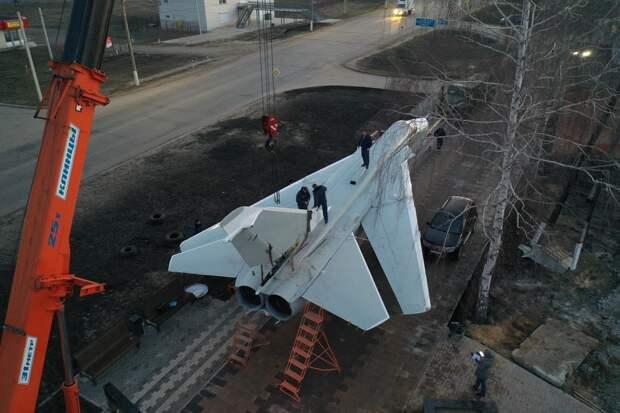 По федеральной трассе «Дон» провезли бомбардировщик