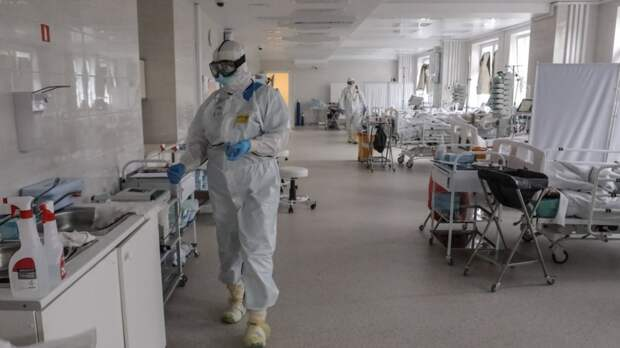 Собянин заявил об ухудшении ситуации с COVID-19 и предложил материальные стимулы за прививку
