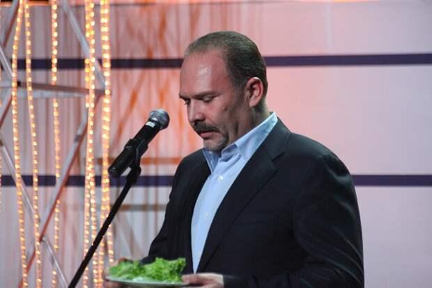 Суд прекратил дело против экс-министра Михаила Меня