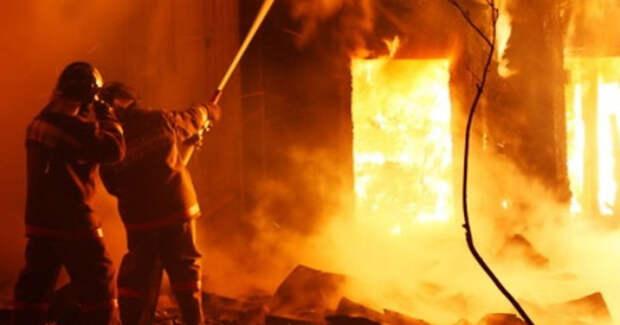 Реальная жизнь страшнее, чем кино: пожарный показал, как выглядит пожар изнутри