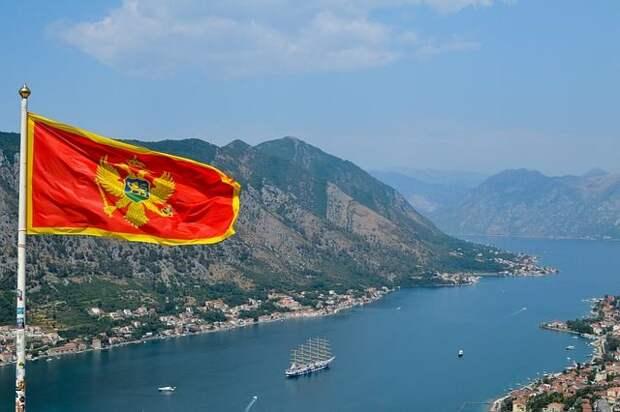 Российские туристы могут посещать Черногорию без ПЦР-тестов