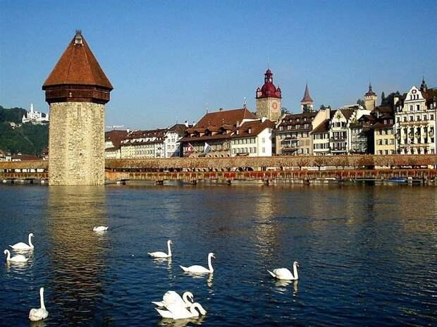 Люцерн - один из самых живописных городов Швейцарии.  Фото: bsivoyage.ru.