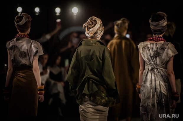 Ekaterinburg Fashion Week (день второй). Екатеринбург, мода, модели, fashion, показ, модный показ, неделя моды