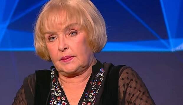 Советская актриса Роговцева высказала свое мнение об Украине на глазах у Порошенко