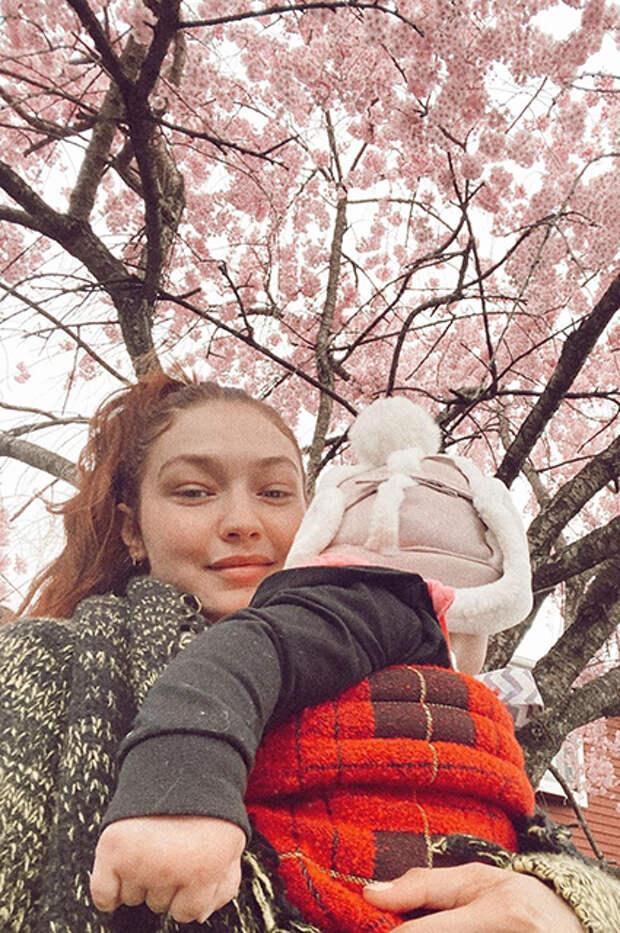 Джиджи Хадид с дочерью Хай