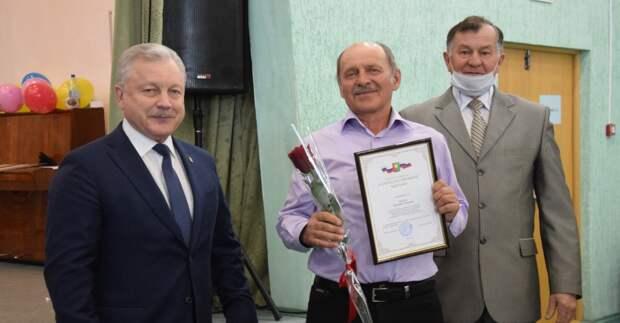 Коллектив Дорожной службы Братска поздравили с 10-летним юбилеем предприятия