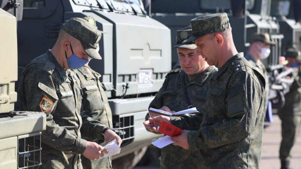 Аналитик указал на нюанс в приказе Шойгу об отводе войск, над которым Запад ломает голову