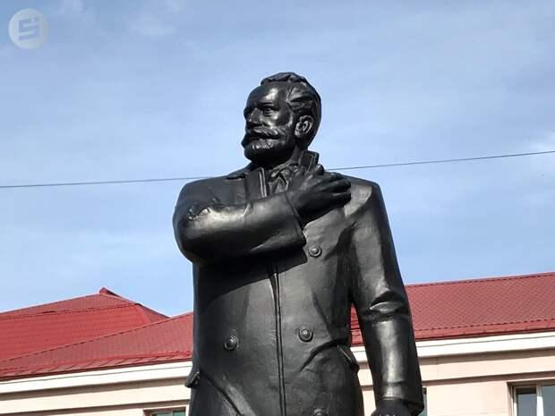 Народный памятник: в Ижевске открыли скульптуру Петра Чайковского