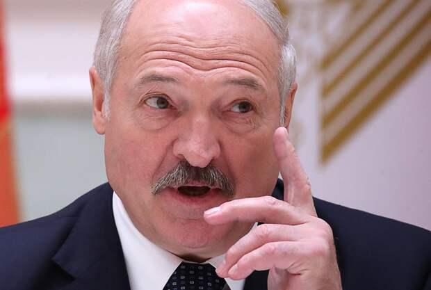 Лукашенко рассказал, как он без единого выстрела сохранил бы Крым в составе Украины