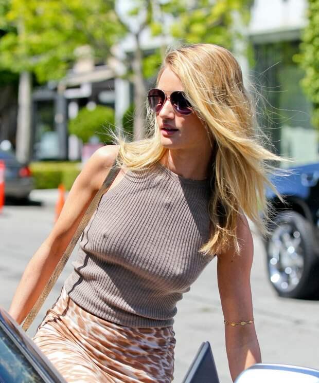 10 причин не носить бюстгальтер