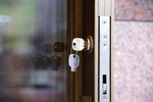 Самые гениальные методы, которые используют воры, чтобы проникнуть в ваш дом