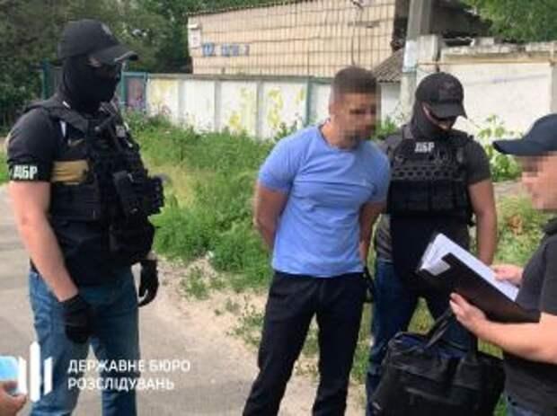 Сотрудник Укртрансбезопасности брал дань с перевозчиков