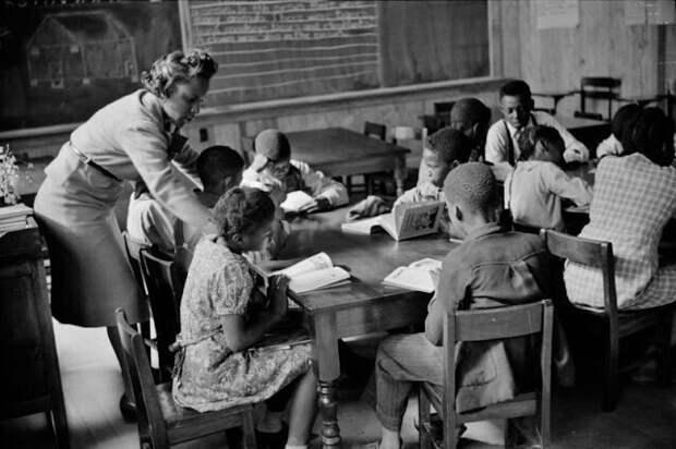 Начальный класс в новой школе, Прейри Фармс, Монтгомери, Алабама, 1939 г.