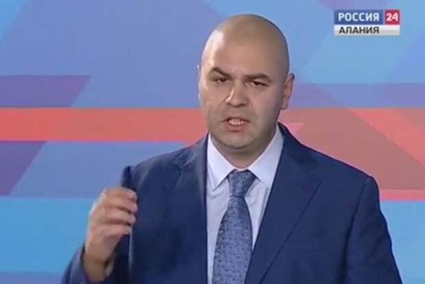 Сыновья бывшего главы Северной Осетии и Владимира Жириновского подрались в аэропорту