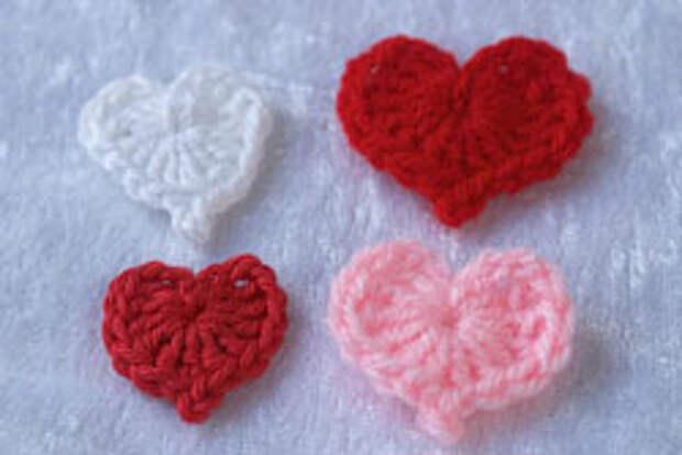 Сердечки вязаные крючком ко дню Святого Валентина