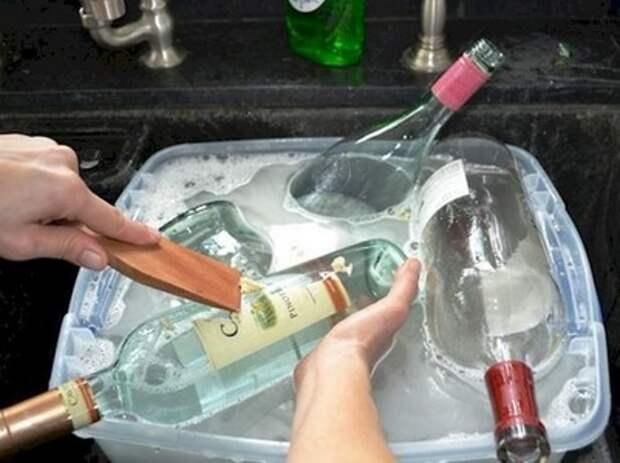 """Моя подруга никогда не выбрасывает стеклянные бутылки. Сначала я думала, что у нее """"синдром Плюшкина"""", но потом она показала куда их применя"""