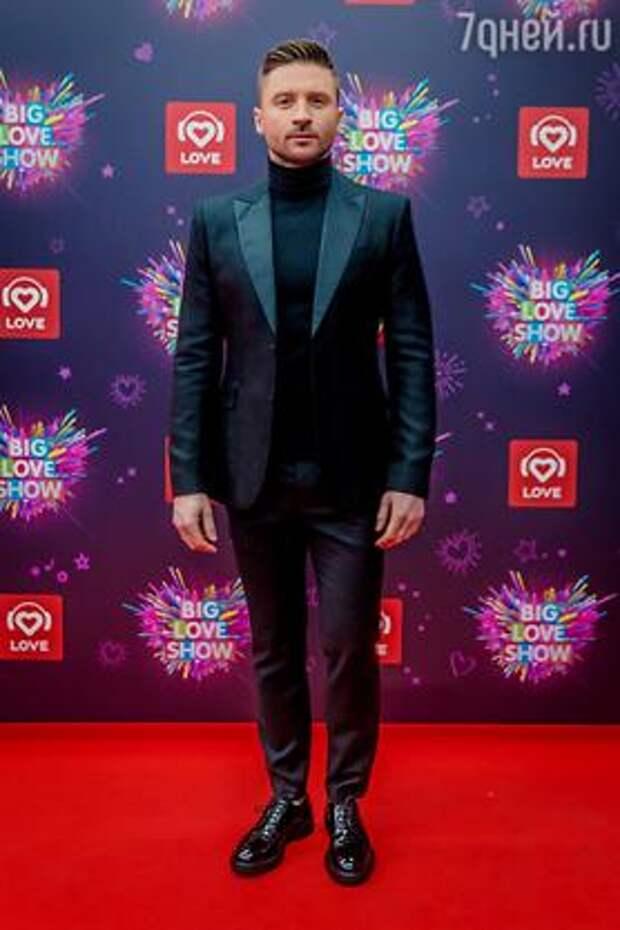 Полина Гагарина, Loboda, Тимати, Дима Билан и другие артисты «зажгли» на Big Love Show