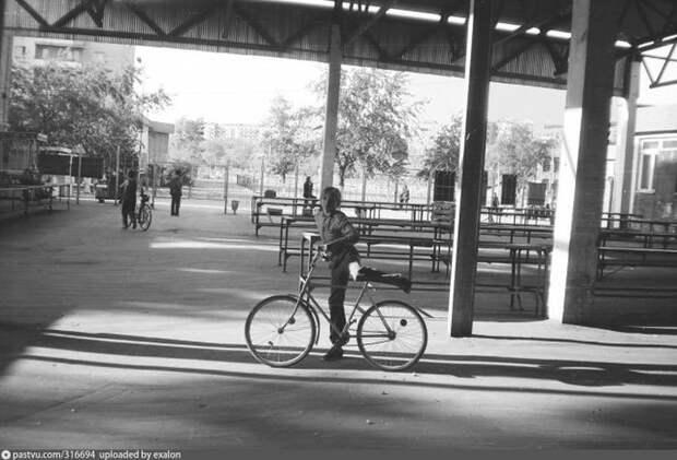 Уличные прилавки центрального рынка Улан-Удэ. история, факты, фото
