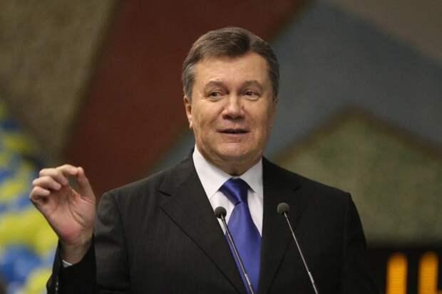 Изменник родины: Порошенко вспомнил о Януковиче