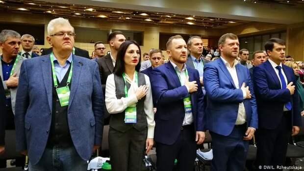 Депутаты Зеленского потребовали расторжения дипотношений с Россией
